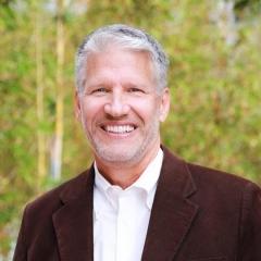 Portrait of Prof. Bradley Paden
